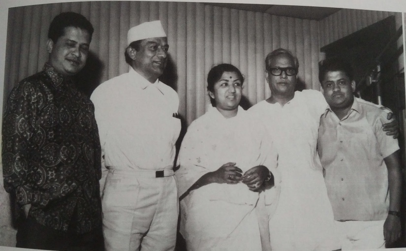V Shantaram and Sandhya told Laxmikant-Pyarelal to compose the song in a 'unique' way.