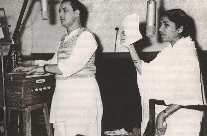 Sweet-Sounding Mukesh – Lata  Duets Symphonised By Laxmikant-Pyarelal